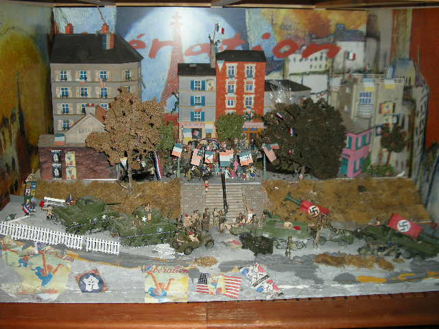 CBG EXEPTIONNEL DIORAMA LIBERATION DE PARIS  PIECE UNIQUE