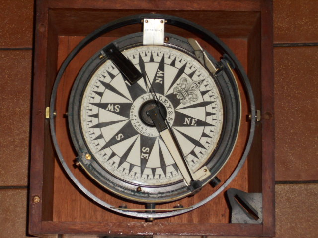 LILLEY & SON'S SHIP'S COURSE INDICATOR